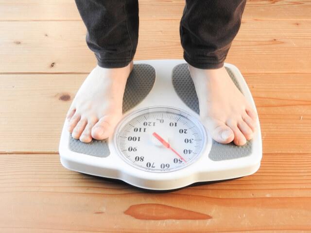 炭水化物 摂取量 痩せ 肥満